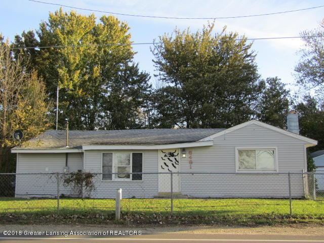 6491 Park Lake Road, Bath, MI 48808 (MLS #231586) :: Real Home Pros