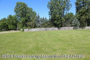 Lot 7 Laurelwood, Lansing, MI 48917 (MLS #233007) :: Real Home Pros