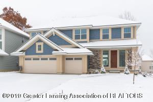 16943 Willowbrook Drive, Haslett, MI 48840 (MLS #233182) :: Real Home Pros