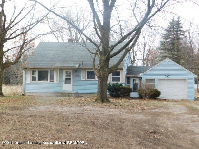 307 N Waverly Road, Lansing, MI 48917 (MLS #233290) :: Real Home Pros
