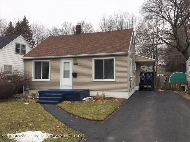 527 E Cavanaugh Road, Lansing, MI 48910 (MLS #233677) :: Real Home Pros