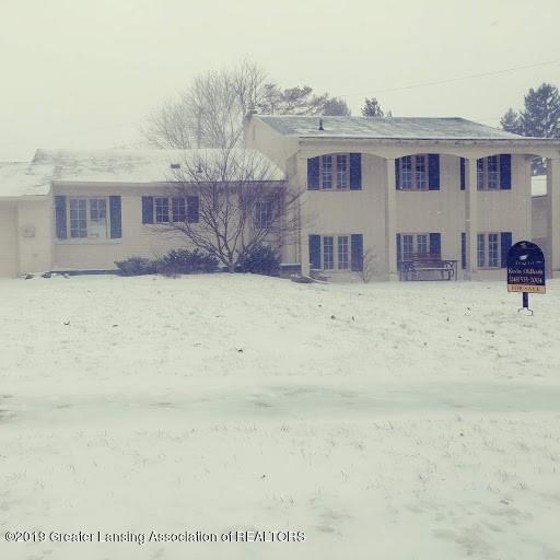 620 Pebblebrook Lane, East Lansing, MI 48823 (MLS #233804) :: Real Home Pros