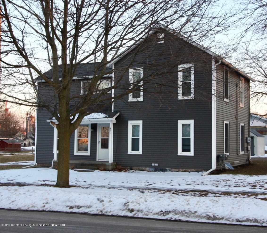 429 North Street - Photo 1