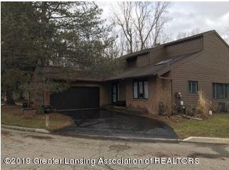 2397 Emerald Forest Circle, East Lansing, MI 48823 (MLS #234568) :: Real Home Pros
