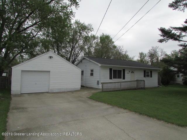 6115 Yunker Street, Lansing, MI 48911 (MLS #236652) :: Real Home Pros
