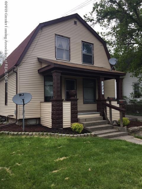 1033 E Oakland Avenue, Lansing, MI 48906 (MLS #236716) :: Real Home Pros