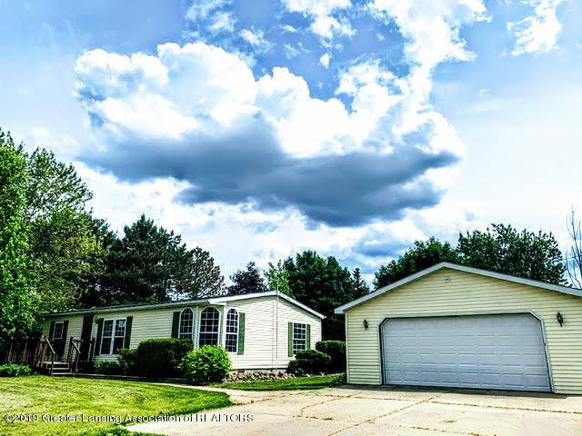 1622 E Colony Road, St. Johns, MI 48879 (MLS #237579) :: Real Home Pros