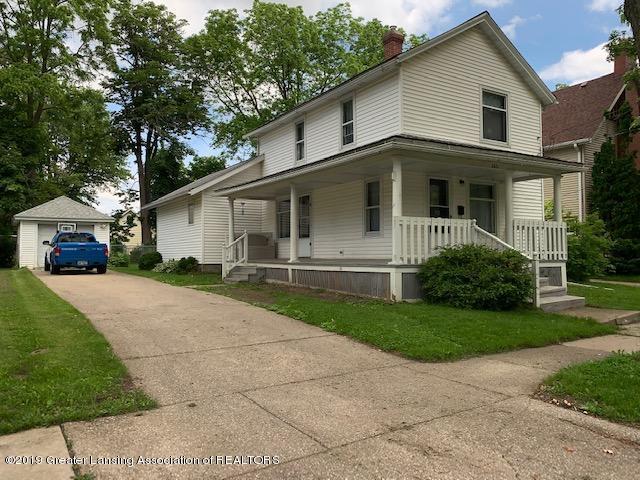 205 E Baldwin Street, St. Johns, MI 48879 (MLS #237767) :: Real Home Pros