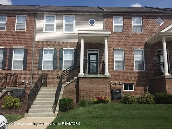 3305 Wharton Street, East Lansing, MI 48823 (MLS #238584) :: Real Home Pros