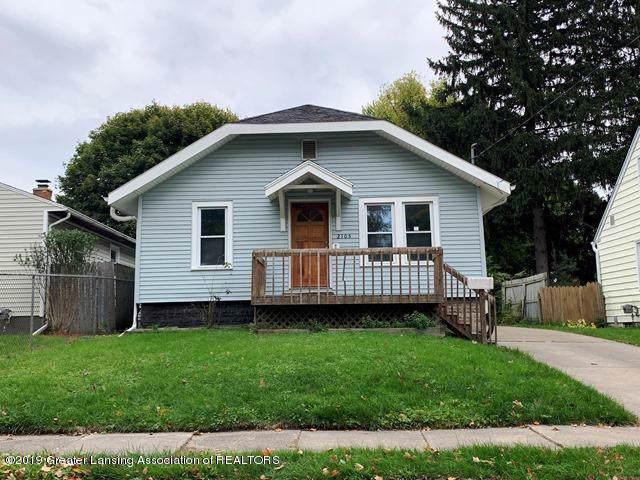2105 Donora Street, Lansing, MI 48910 (MLS #241892) :: Real Home Pros