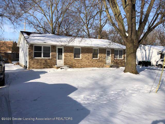 2261 Vernon Street 1-2, Holt, MI 48842 (MLS #243754) :: Real Home Pros