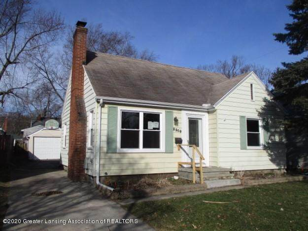 2304 Clifton Avenue, Lansing, MI 48910 (MLS #244959) :: Real Home Pros