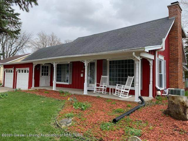 204 E Oak St Street, St. Johns, MI 48879 (MLS #245427) :: Real Home Pros