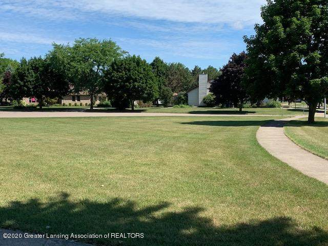 708 Greengate Circle, St. Johns, MI 48879 (MLS #247915) :: Real Home Pros