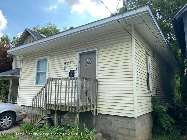 923 Cleveland Street, Lansing, MI 48906 (MLS #248666) :: Real Home Pros