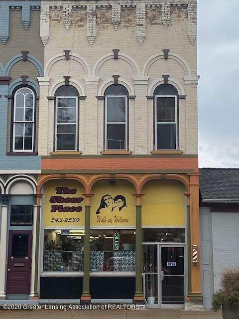 113 Lawrence Avenue - Photo 1