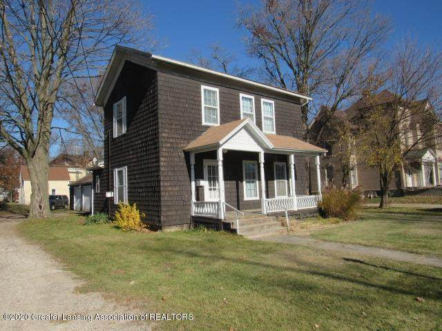 430 W Lawrence Avenue, Charlotte, MI 48813 (MLS #251319) :: Real Home Pros