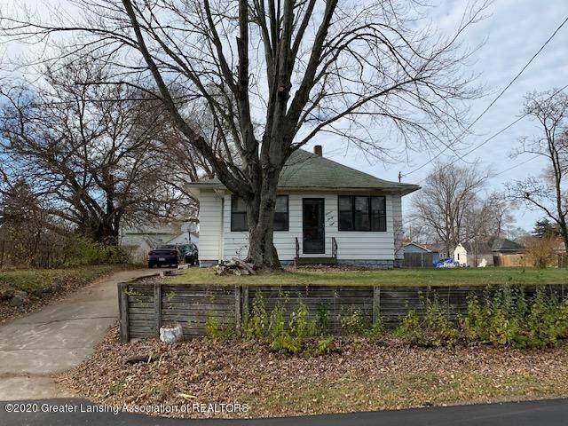 1138 S Dettman Road, Jackson, MI 49203 (MLS #251641) :: Real Home Pros