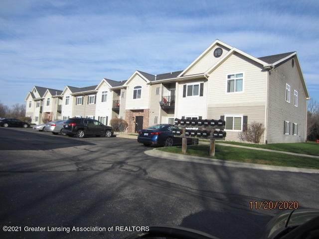 15120 Via Carmella Drive, Dewitt, MI 48820 (MLS #252655) :: Real Home Pros