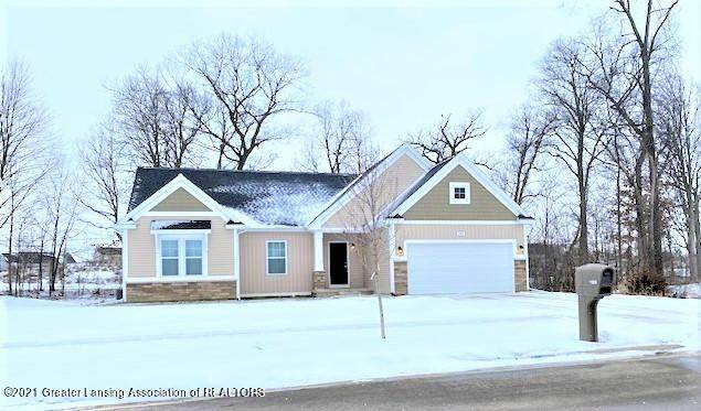 1120 River Oaks Drive, Dewitt, MI 48820 (MLS #253086) :: Real Home Pros