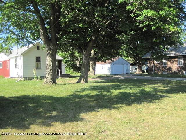 1323 Willoughby Road - Photo 1