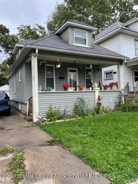 1803 Teel Avenue, Lansing, MI 48910 (MLS #260404) :: Home Seekers