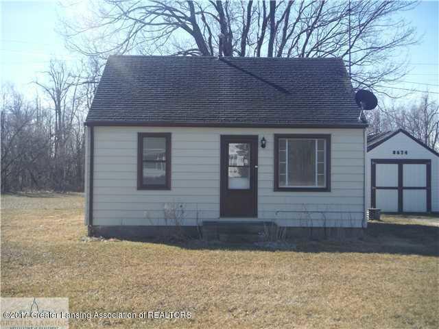 8674 Round Lake Road, Laingsburg, MI 48848 (MLS #222154) :: Buffington Real Estate Group