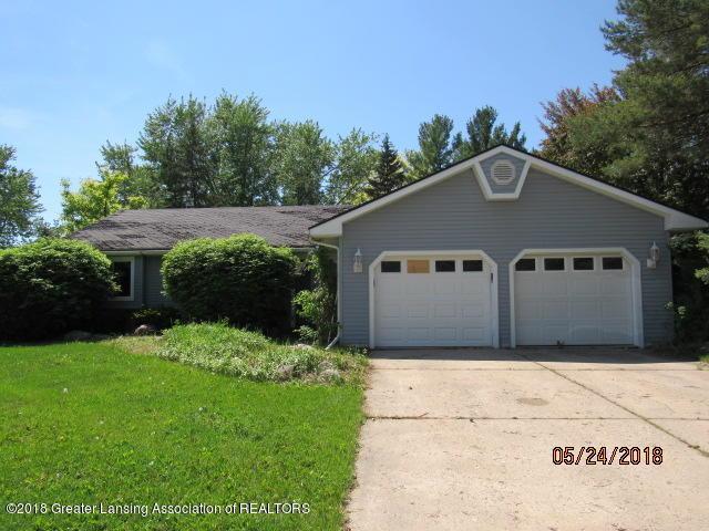 1129 N Creyts Road, Lansing, MI 48917 (MLS #226927) :: Real Home Pros