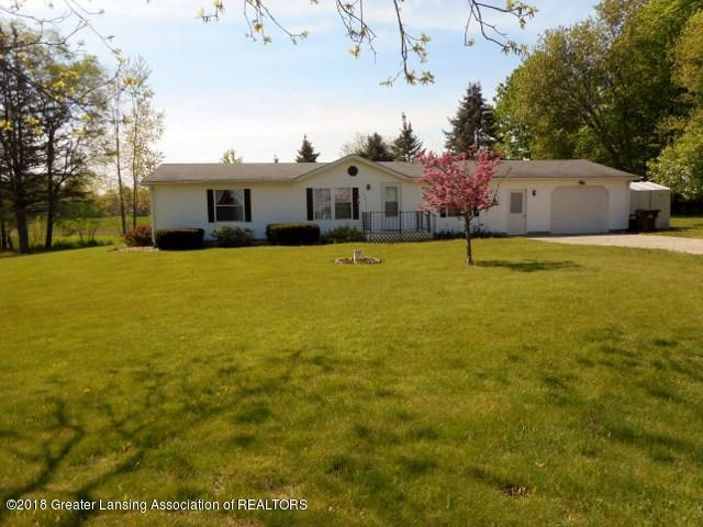 1020 E Nye Highway, Charlotte, MI 48813 (MLS #227102) :: Real Home Pros