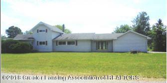 7770 E 5 Point Highway, Eaton Rapids, MI 48827 (MLS #228058) :: Real Home Pros
