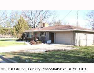 103 Cambridge Drive, Charlotte, MI 48813 (MLS #231351) :: Real Home Pros