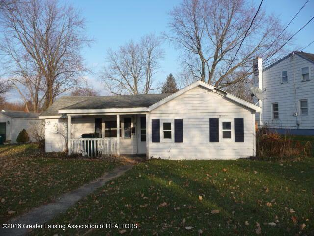 3523 Jewell Avenue, Lansing, MI 48910 (MLS #232597) :: Real Home Pros