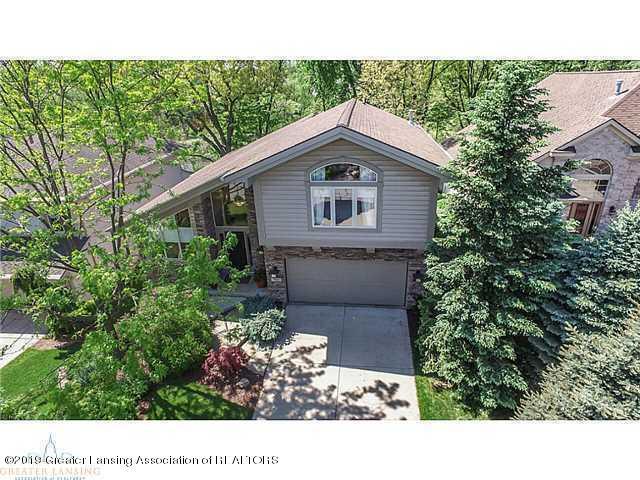 7969 Ashbrook Drive, Haslett, MI 48840 (MLS #233029) :: Real Home Pros