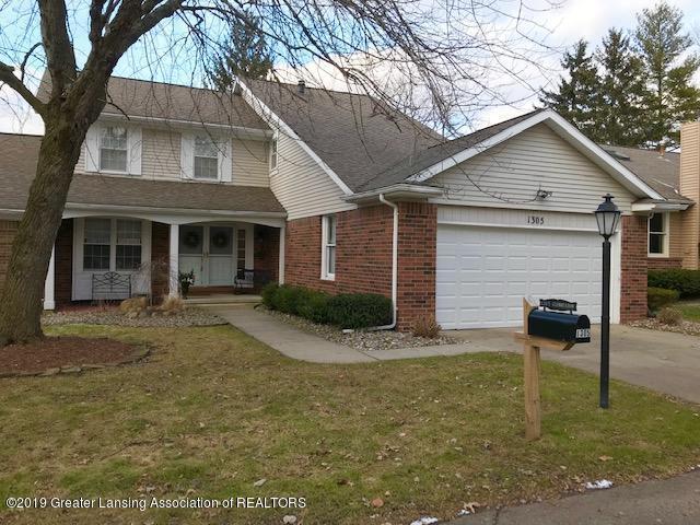 1305 Glenmeadow Lane, East Lansing, MI 48823 (MLS #233169) :: Real Home Pros