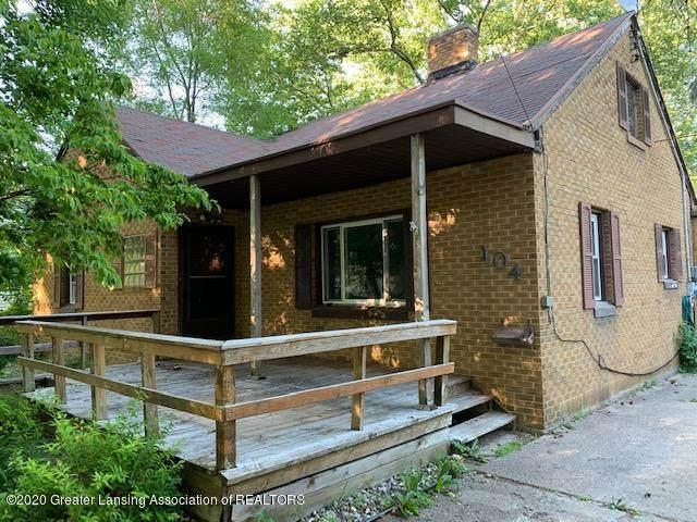 104 N Emmons Street, St. Johns, MI 48879 (MLS #245377) :: Real Home Pros