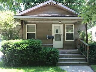 1720 Robertson Avenue, Lansing, MI 48915 (MLS #246863) :: Real Home Pros