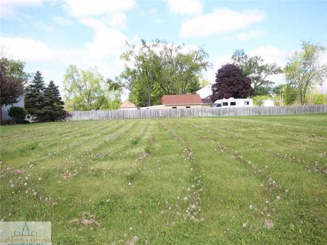 Lot 2 Laurelwood, Lansing, MI 48917 (MLS #80100) :: Real Home Pros