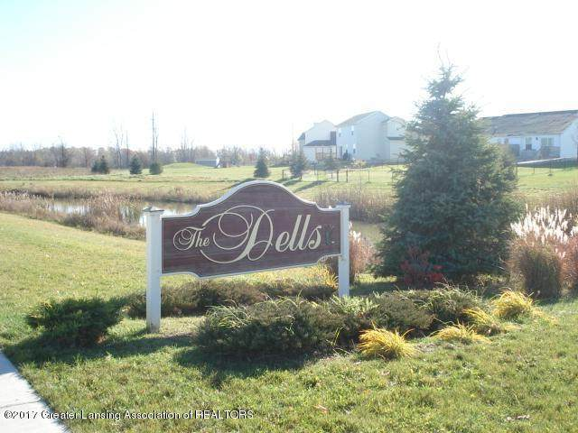 4485 Helmsway Drive, Lansing, MI 48911 (MLS #212193) :: Real Home Pros