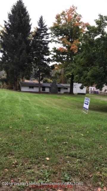 8639 Moon Lake Drive, Laingsburg, MI 48848 (MLS #229641) :: Real Home Pros