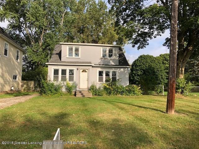 5104 Old Lansing Road, Lansing, MI 48917 (MLS #230507) :: Real Home Pros