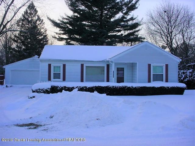 6232 Sommerset Road, Lansing, MI 48911 (MLS #233615) :: Real Home Pros