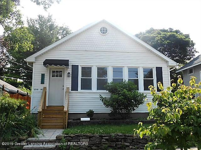 1813 Bradley Avenue, Lansing, MI 48910 (MLS #237021) :: Real Home Pros