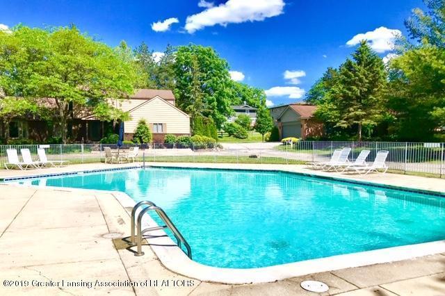 1305 Glenmeadow Lane, East Lansing, MI 48823 (MLS #238281) :: Real Home Pros
