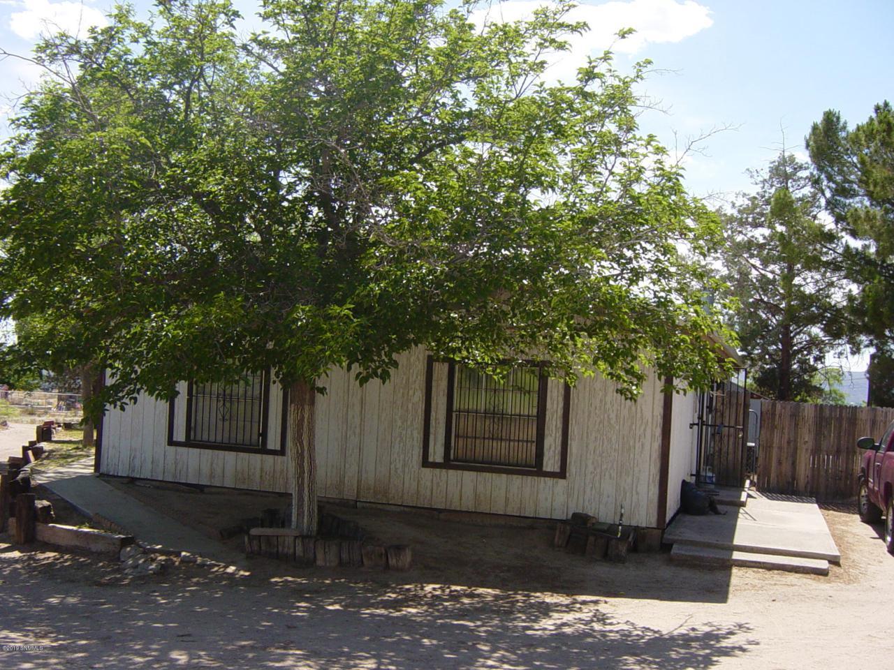 5221 La Reina Road - Photo 1