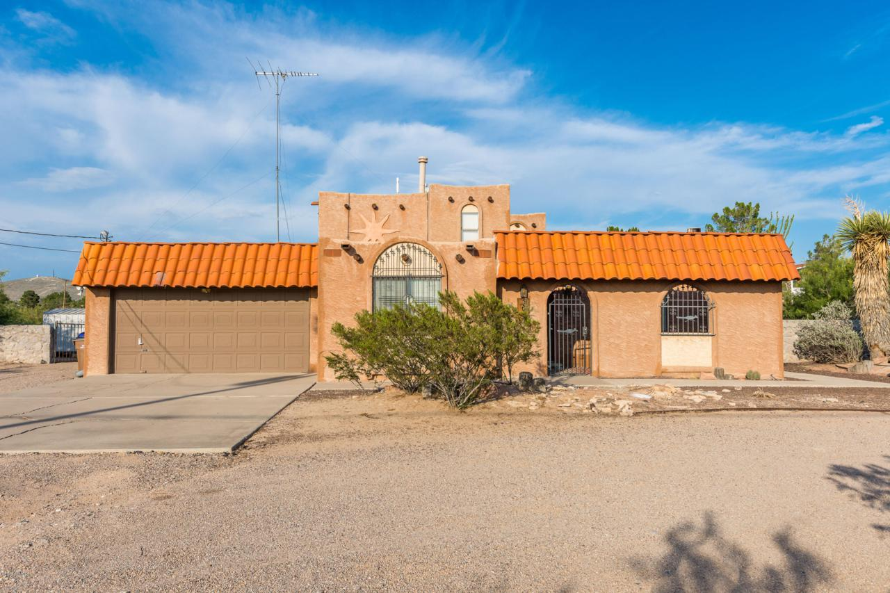5005 Las Alturas Drive - Photo 1