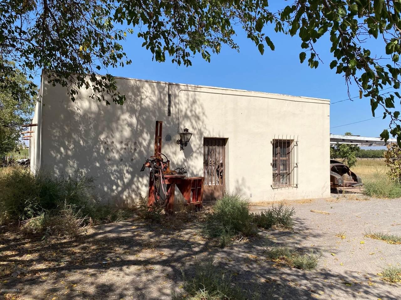 610 La Vina Road - Photo 1
