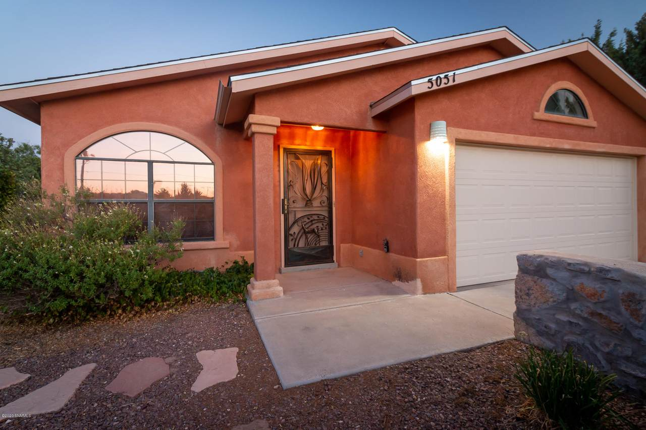5051 Apache Trail - Photo 1