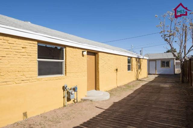 806 N Almendra Street, Las Cruces, NM 88001 (MLS #1703502) :: Steinborn & Associates Real Estate