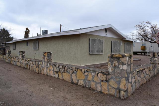 424 Charles, Anthony, NM 88021 (MLS #1805083) :: Steinborn & Associates Real Estate