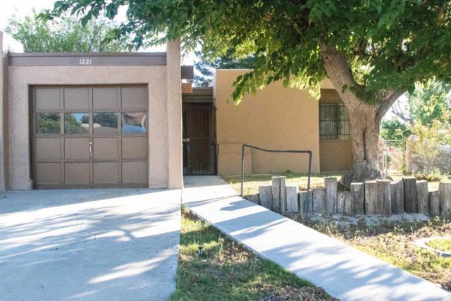 1221 Mountain Shadow Street, Las Cruces, NM 88001 (MLS #1806007) :: Steinborn & Associates Real Estate